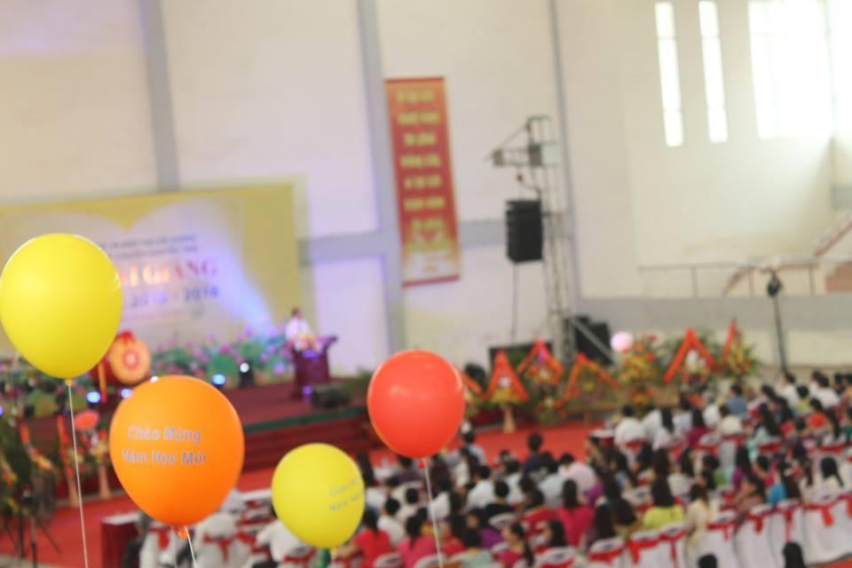 Lời chào đến từ chuyên Nguyễn Trãi